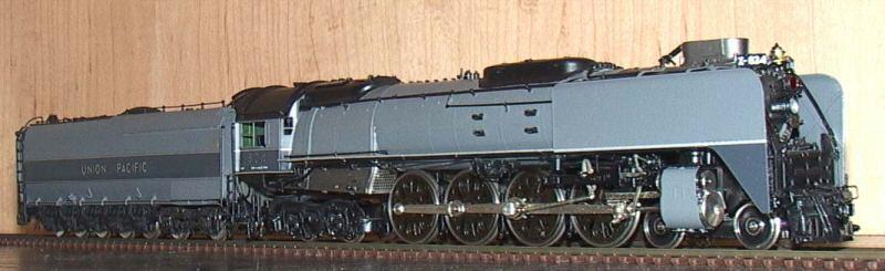 Key 093 - FEF-2, 2-tone-gray, UP, Customs Series No.93, coasting drive, UP No.824.1