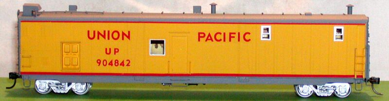 Overland 1310.1 - Union Pacific Tool Car No.904842 Used with early UP Steam Excursions.1