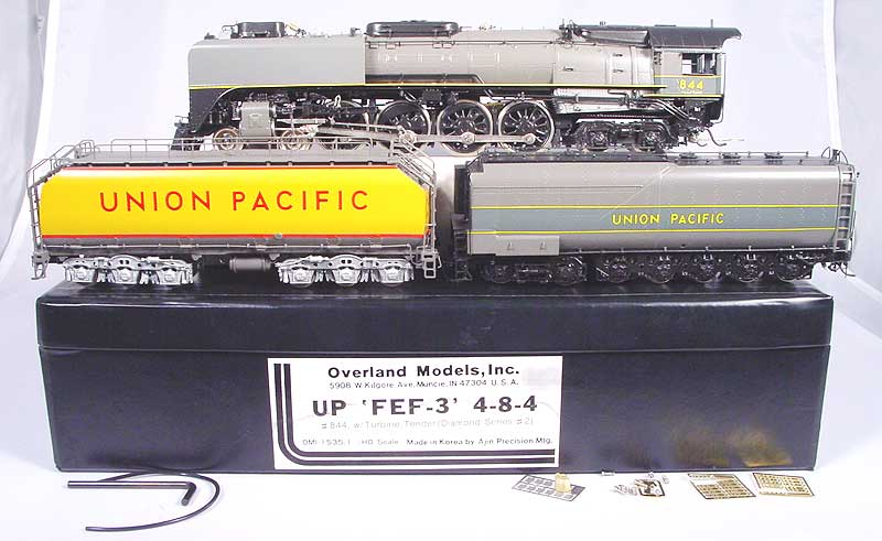 Overland 1535.1 - FEF-3 4-8-4, UP No.844, with Turbine Tender, gray-yellow stripe, Diamond Series No.2,01