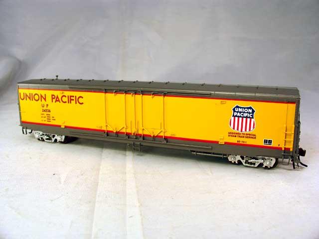 Overland 3344.1 - Union Pacific Steam Train Service Car No.24336 (Steam Train Service for UP 4-6-6-4 Excursions).01