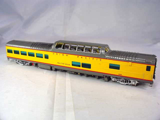 Overland 3426.1 - UP Modern Executive Dome Lounge 'Walter Dean'.2