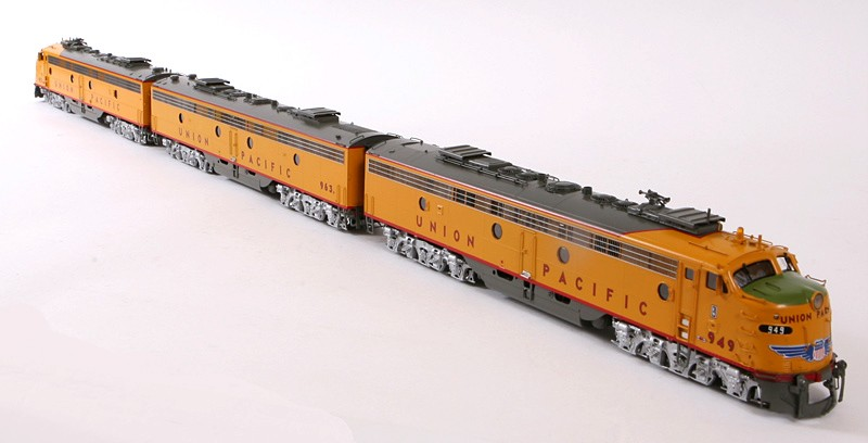 Overland 6225.1 - UP E9 Executive 3 Unit Set Nos.949A, 963B &951A.03