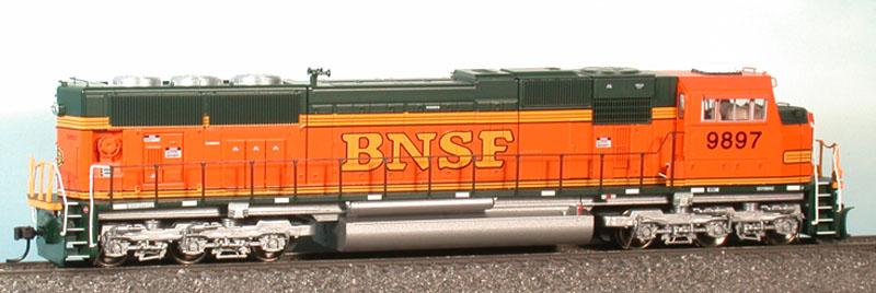 Athearn Genesis 6401-03 - SD70MAC, Phase VIIb, BNSF Premium Heritage Scheme, No.9897.1
