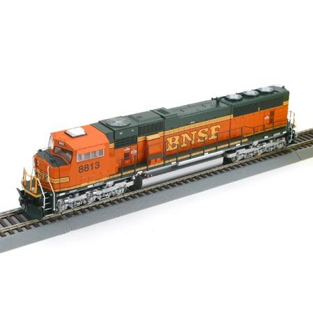 Athearn Genesis 6454-56 - SD70MAC, Phase VIII, BNSF Premium Heritage Scheme, No.8813