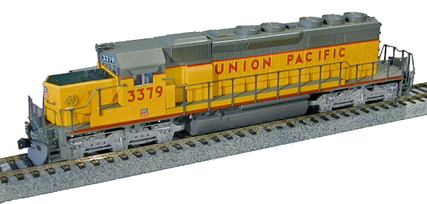 kato-37-2910-sd40-2-snooth-nose-up-3379