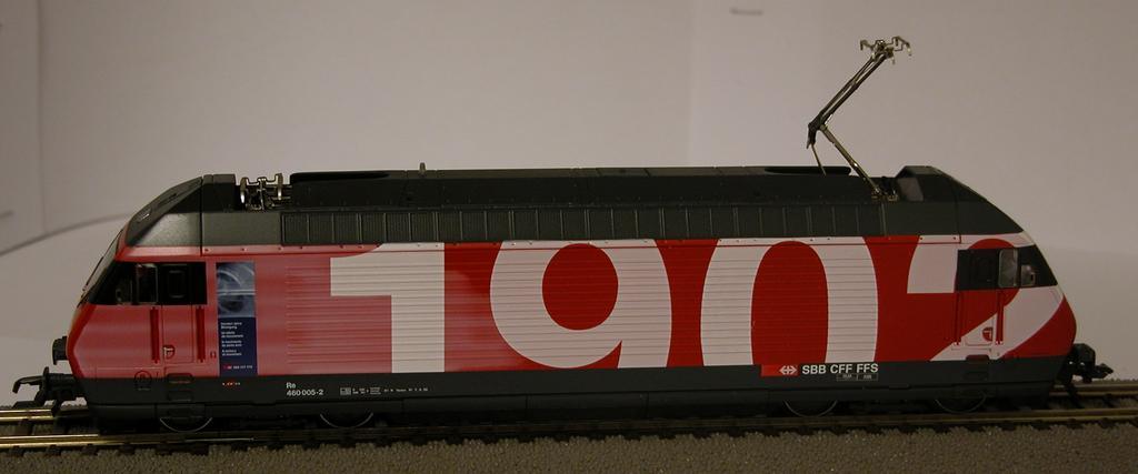 Roco 63511 - 460 005-2, SBB, rot. 100 Jahre SBB, '1902' auf einer Seite, '2002'.2