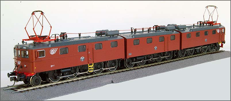 Roco 63757 - Dm3, 3-teilige E-Lok, Erzbahn, SJ.2