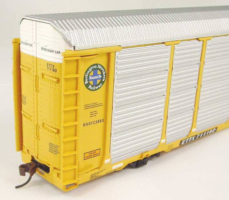 Walthers 4863 - Thrall 89' Bi-Level Enclosed Auto Carrier, BNSF.3