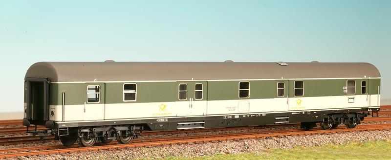 ADE 3205-1 - Postwagen, pop, gruen-grau.1