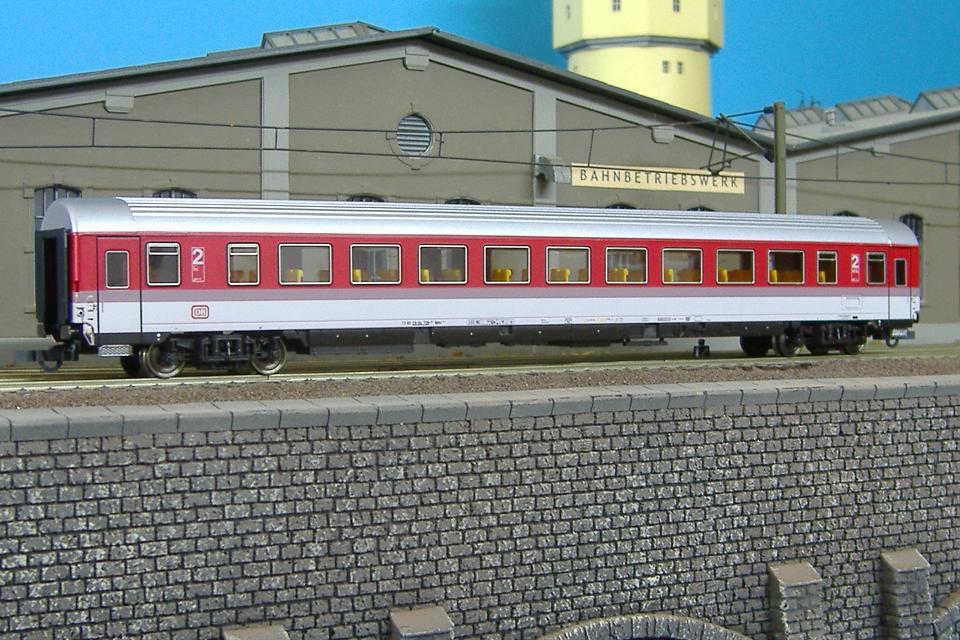 Roco 44794 - Bpmz 293.6 IC-EC Großraumwagen, DRUCKERTUECHTIGT.1