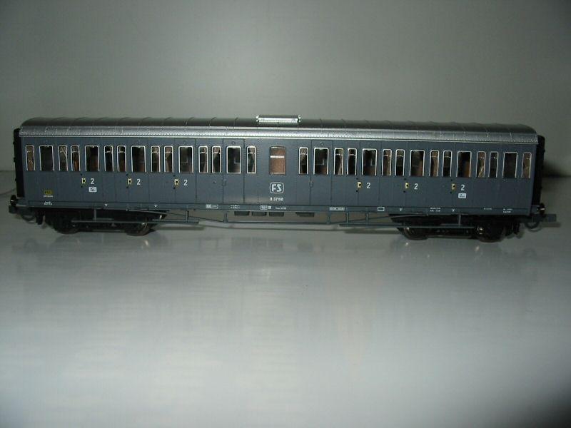 Roco 44691 - FS, Bauart 36000, Serie Cento Porte', Abteilwagen 2. Kl., Ep.4
