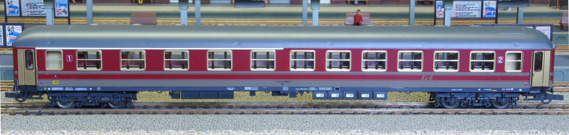 Roco 44715 - FS ABm, rot-grau