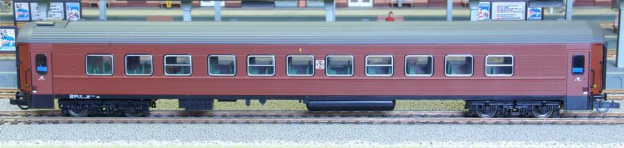 Roco 44721 - B7 Reisezugwagen, braun, SJ