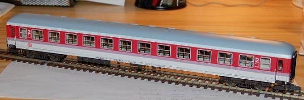 Roco 44786 - Bm 235, IC-Wagen 2. Klasse orientrot