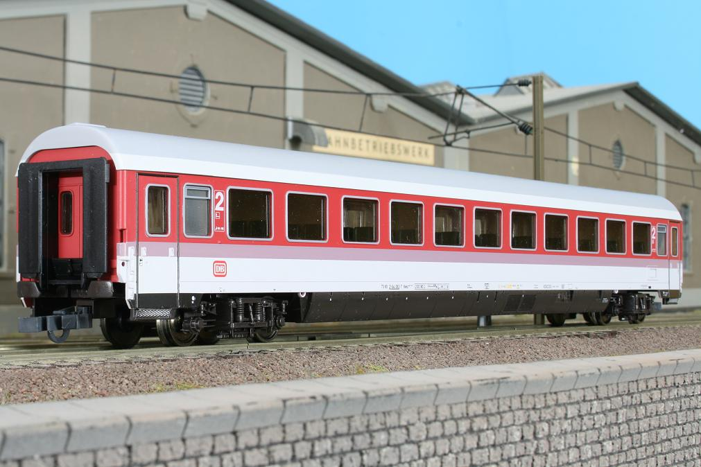 Roco 44789 - DB Intercity-Wagen Bvmz 185.2 neurot