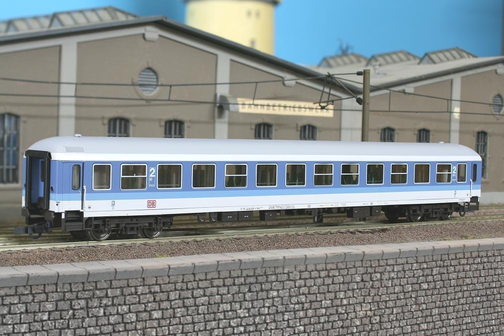 Roco 45051 - Bimz 254, IR Farbgebung, 2. Klasse, blau-lichtgrau, DB AG-Keks