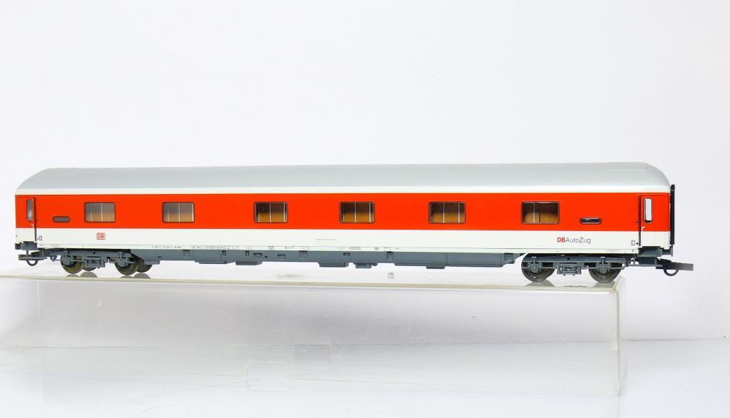 Roco 45068 - WLABmh 175.1, IC Verkehrsrot, Schlafwagen 'DB AutoZug', Dach grau weisser Streifen, DB AG-5