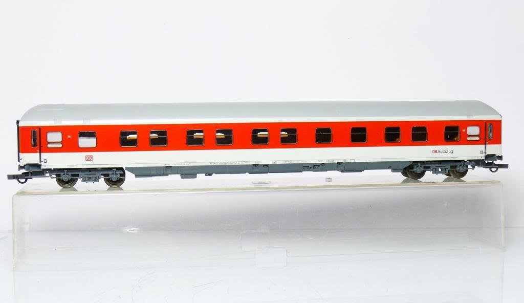 Roco 45068 - WLABmh 175.1, IC Verkehrsrot, Schlafwagen 'DB AutoZug', Dach grau weisser Streifen, DB AG-6