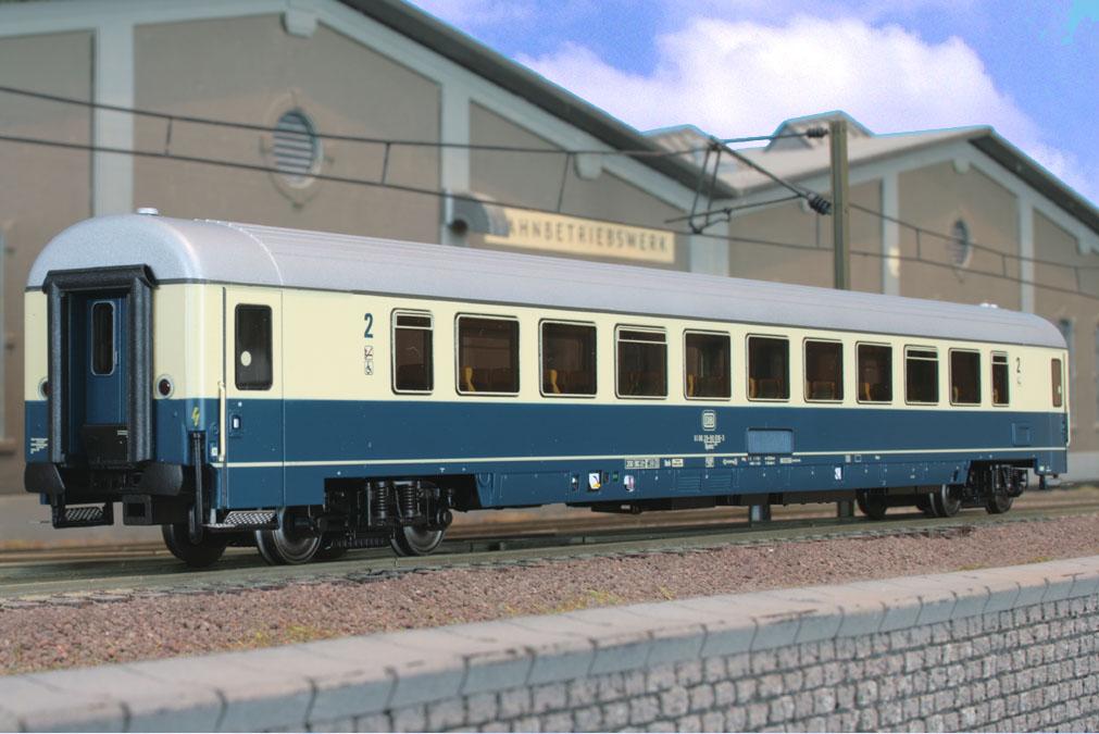 ACME - 52310 - Bpmbz 291.5, 2. Klasse IC-EC-Großraumwagen mit behindertengerechter Ausstattung, (Hamburg Altona).1