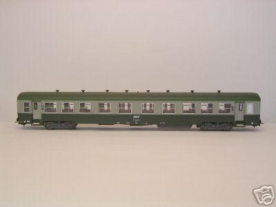 Heris 14022 - USI-Wagen SNCF, gruen-grau, 2. Klasse, Epoche 4