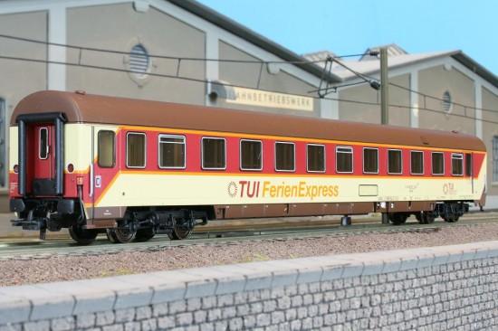 LSM 46005 - Set 4 Liegewagen, BRAUNES DACH, TUI.2