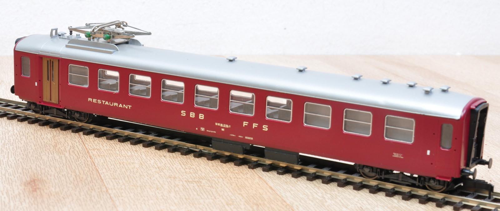 liliput-87554-sbb-leichtstahl-speisewagen-mit-dachstromabnehmer