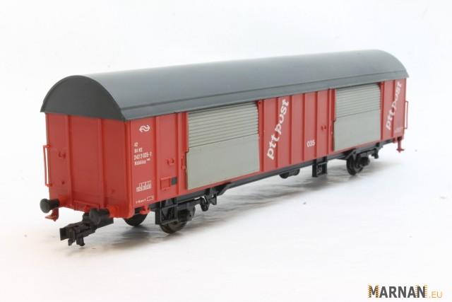 Roco 46281 - Grossraumpostwg. Nr.039, rot, grau = Dach-Stirnwaende-Untergestell, PTT POST, bunte Punkte, NS.2