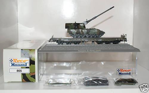 Roco 866 - SOS 2001, Flachwagen, 6-achsig, Bundeswehr, olivgruen, m. Panzerhaubitze PZH 2000 auf Leo-Fahrgestell, Tarnanstrich, gruen.2