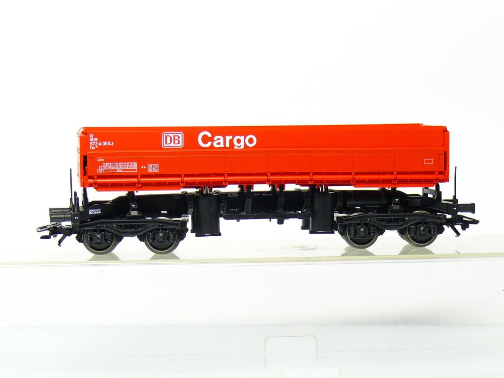 trix-23962-fans-126-seitenkipper-rot-db-cargo-82-80-673-4-050-9-1