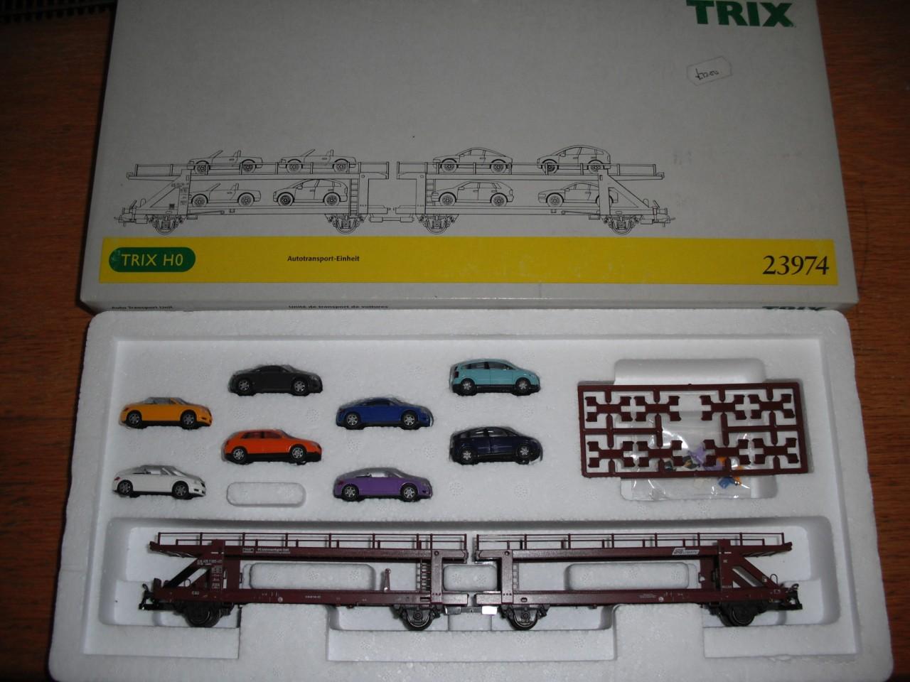 Trix 23974 - Laaeks 553, Autotransporter mit 8 AUDI's, ATS LOGISTIC, SOS 2001.2