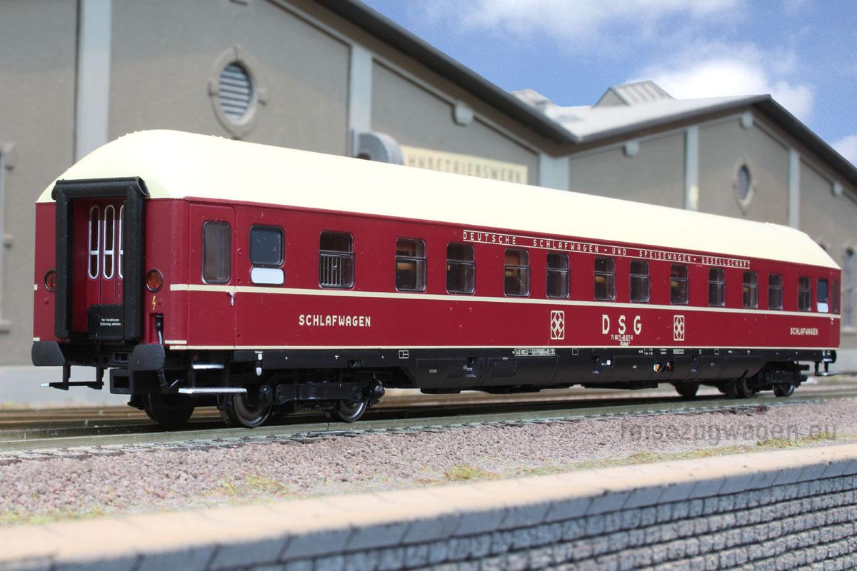 ACME-52371 - Schlafwagen WLABm 174, DSG, m. München-Kassel-Drehgestellen, Ep. IV.2