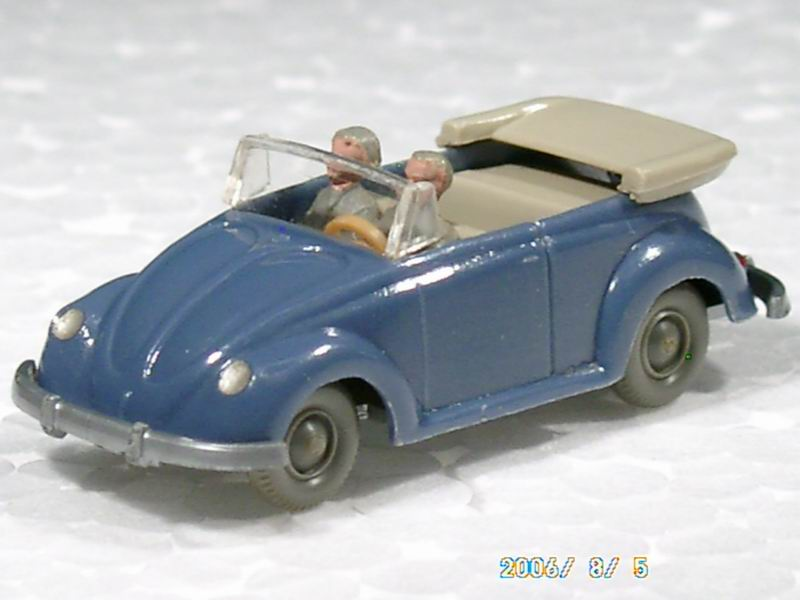 Wiking 33-6 - VW Käfer Cabrio mit Hörnern, azurblau.1