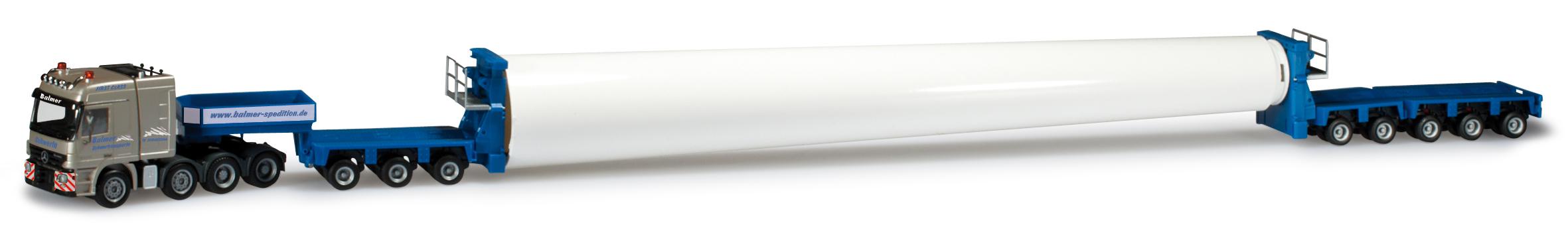 herpa-302067-3-set-mit-drei-mercedes-benz-goldhofer-sattelzuegen-mit-turmteilen-oberteil