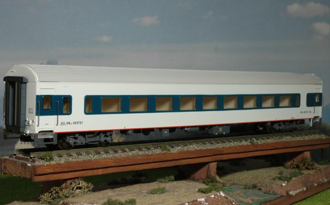 Bachmann-Spectrum CP00410 - 25T, Hochgeschwindigkeitswagen, Coach, CNR