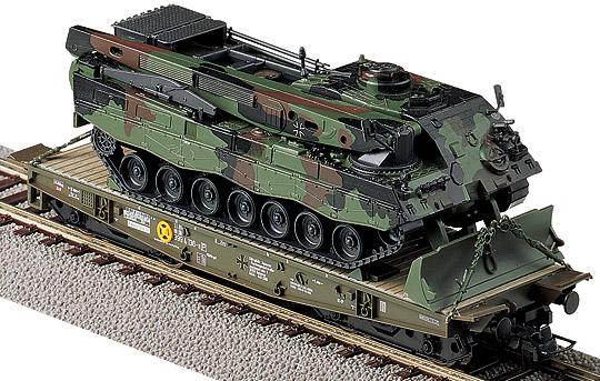 Roco 889 - Rlmmp, BW, oliv, Ladung Bergepanzer 3 'Bueffel', Ep.5