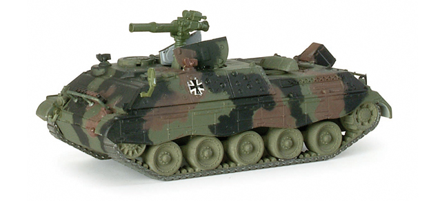 Roco 897 - Herpa 741 873 - Bundeswehr Jagdpanzer JAGUAR 2 , getarnt.1