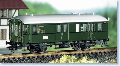 maerklin-73-63-03-postwagen-2-achsig-ep-iii