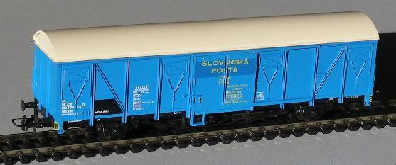 roco-48042-gbkkqs-zsr-postwagen-gedeckter-gw-plattenwaende-blau